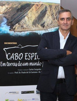 Sesimbra - Carlos Sargedas será distinguido este sábado, dia 11, com o  <br />