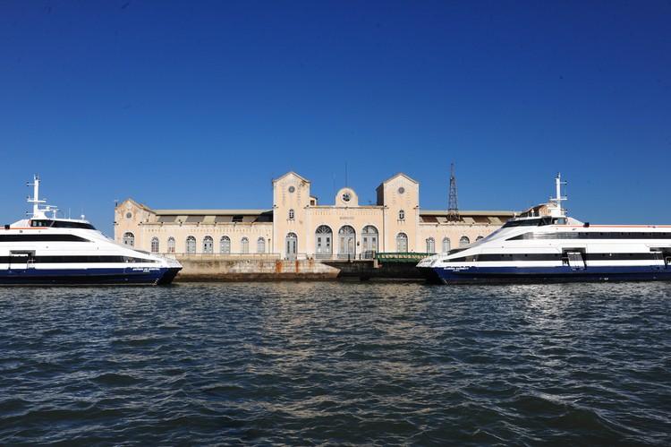 Comissão Utentes Serviços Públicos Barreiro apela ao reforço das frotas de transportes<br /> Congratula-se com novo passe social na Área Metropolitana de Lisboa